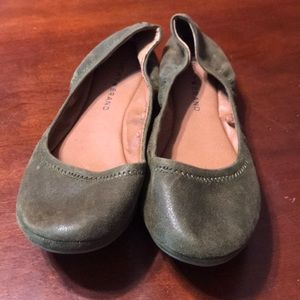 Lucky Brand Slip On Flats Shoes Size 7 NWOT